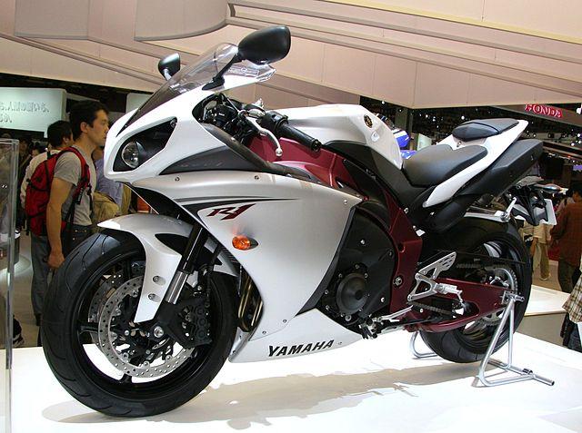 yamaha r1, motor sport