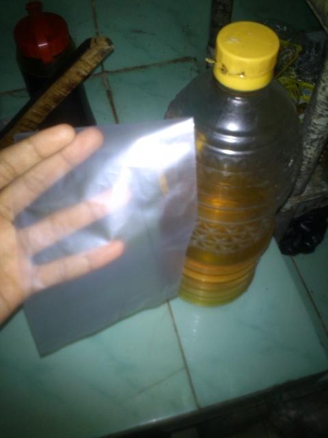 plastik dan minyak goreng