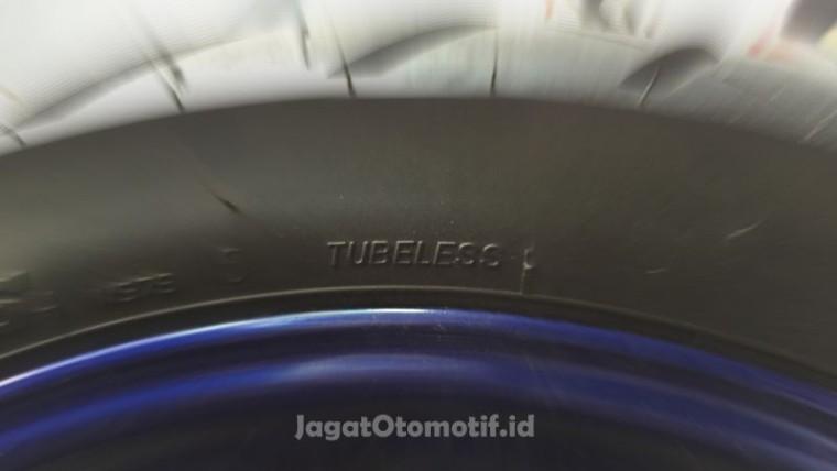 Ban Tubeless